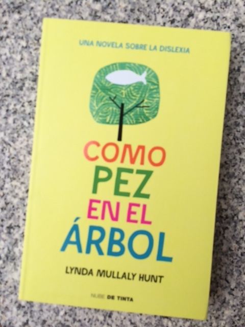Fish in a tree en espanol giveaway be someone 39 s hero no for Fish in a tree by lynda mullaly hunt